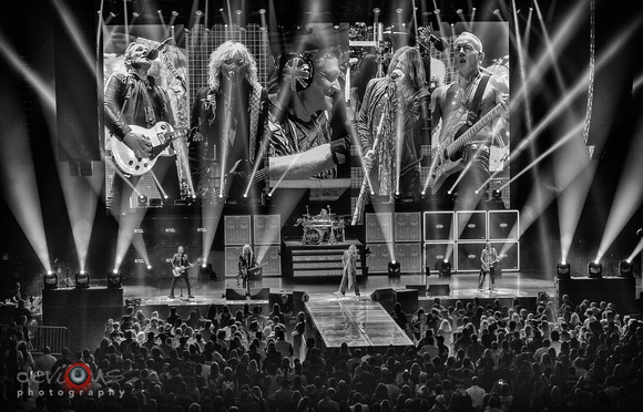 devious photography   Def Leppard, 8/6/16 @ Alliant Energy Center in